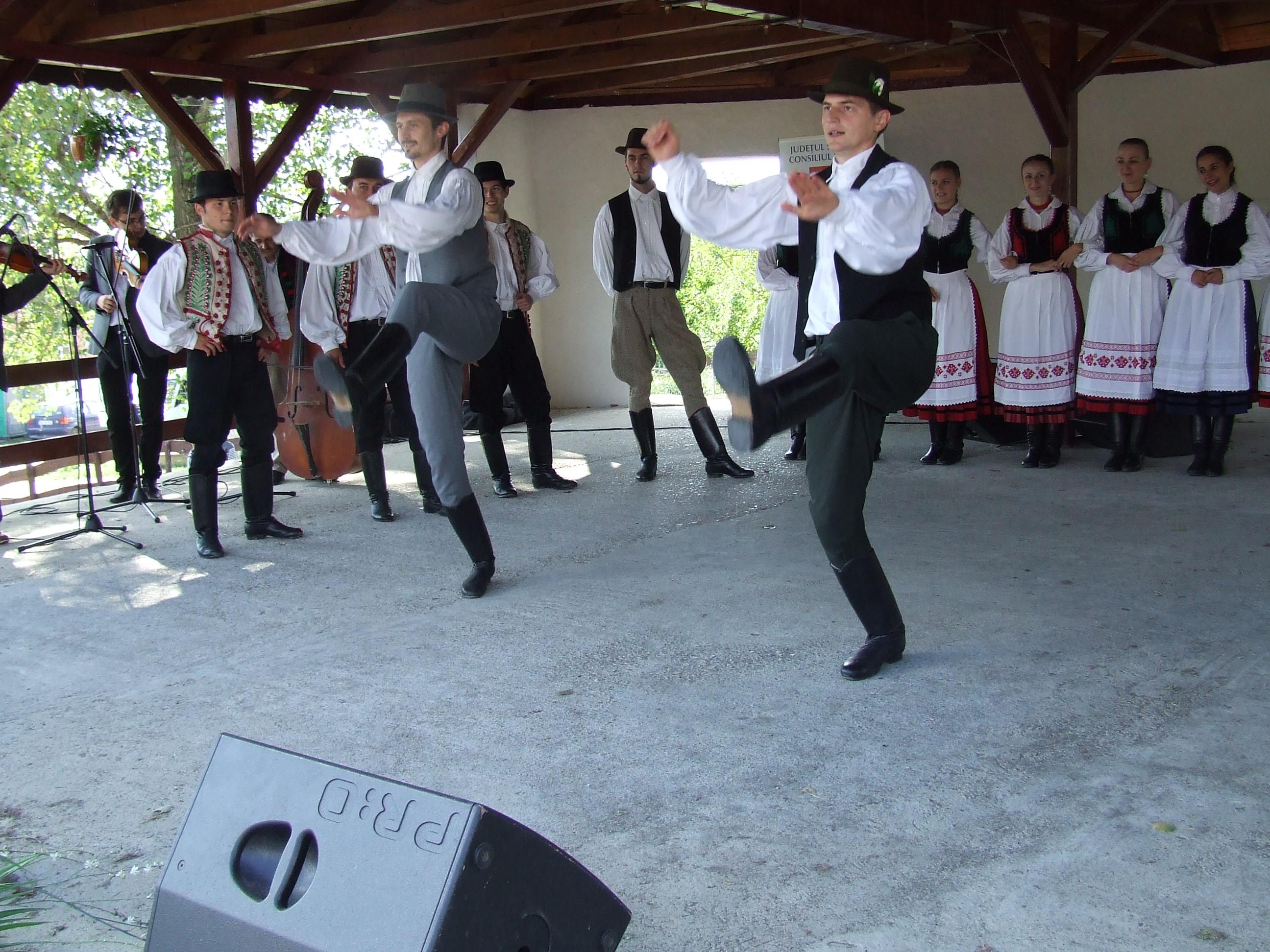 A Bogdándi Nemzetiségi Néptánc Fesztivál