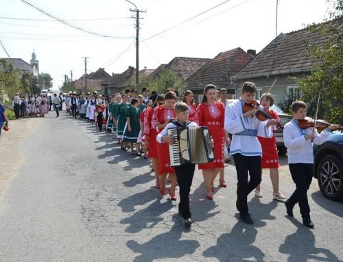 """""""Festivalul Folcloric al Naţionalităţilor"""" de la Bogdand"""