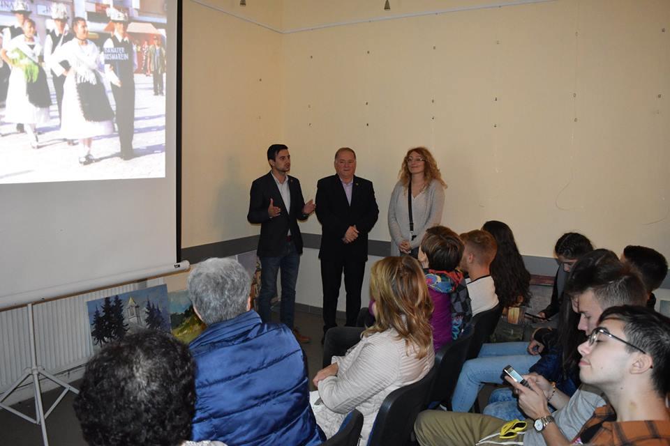 Elevi din cadrul proiectului ERASMUS în vizită la instituția noastră